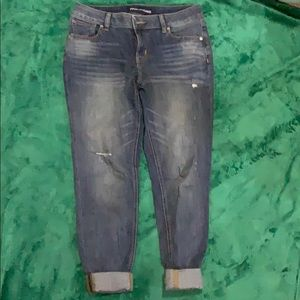 Maurice's size 10 cropped skinny jeans